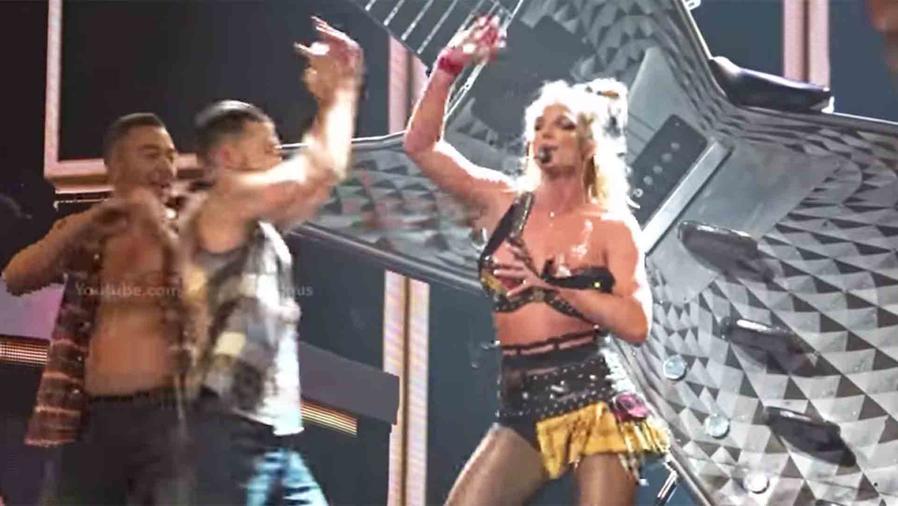 Britney Spears sufre falla de vestuario
