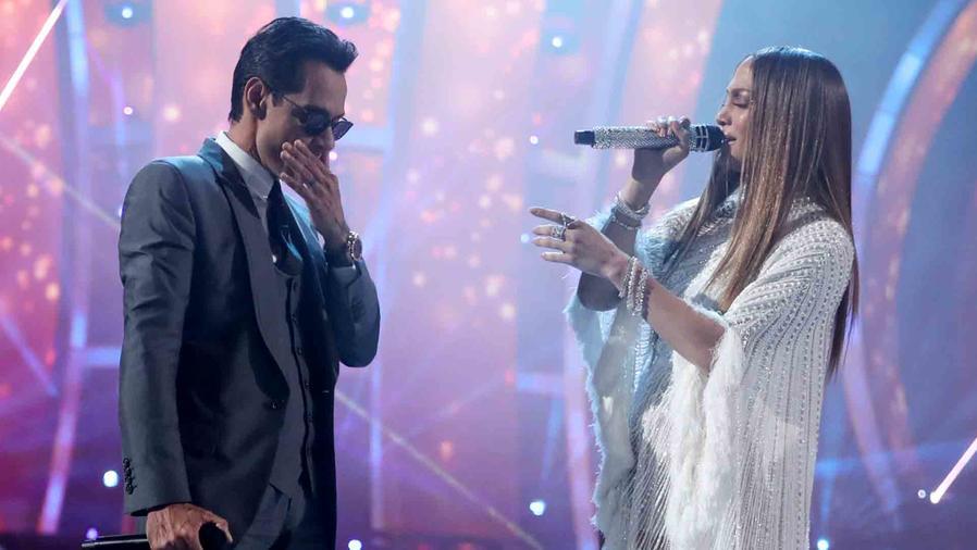 Marc Anthony y Shannon De Lima en Latin Grammys 2016