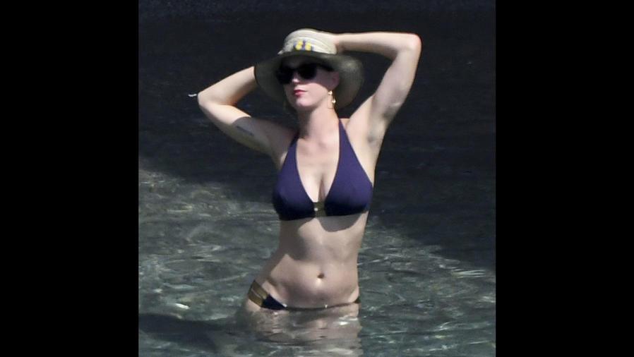 Katy Perry en bikini en la playa