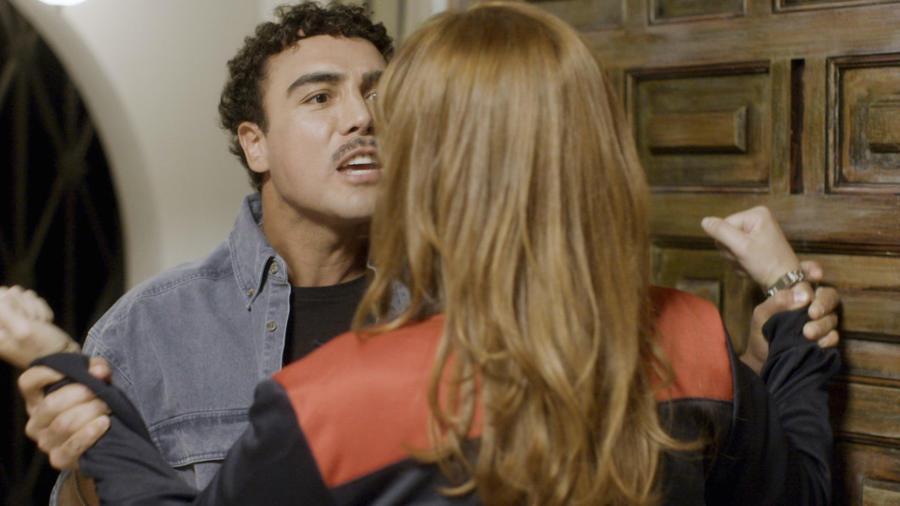 Angélica Celaya y Tony Garza en Mariposa de Barrio