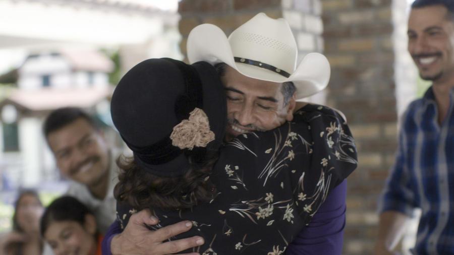 Gabriel Porras y Rosalinda Rodríguez en Mariposa de Barrio