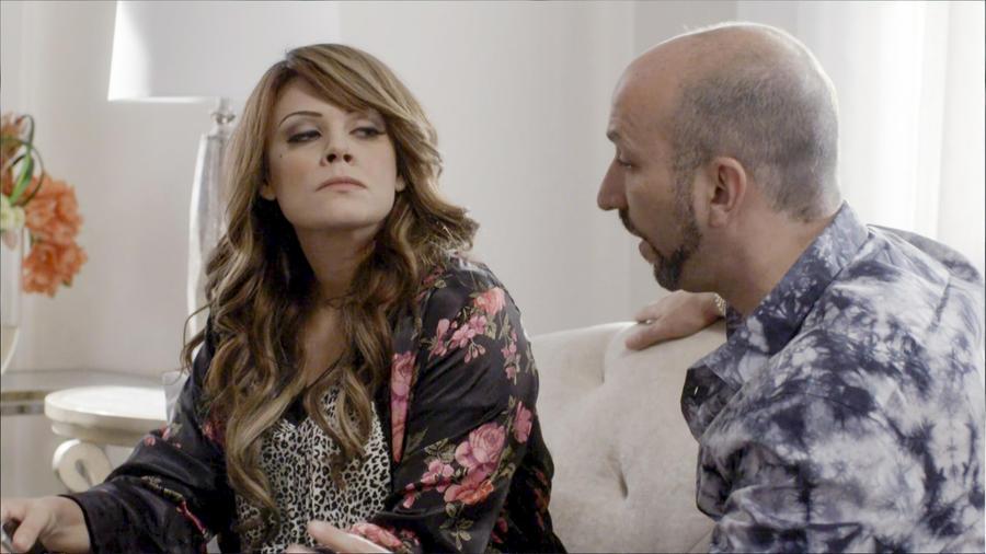 Angélica Celaya y Ricardo Kleinbaum en mariposa de Barrio