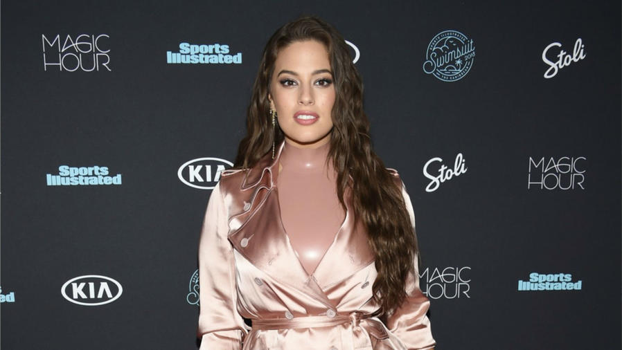 Ashley Graham evento Sports Illustrated