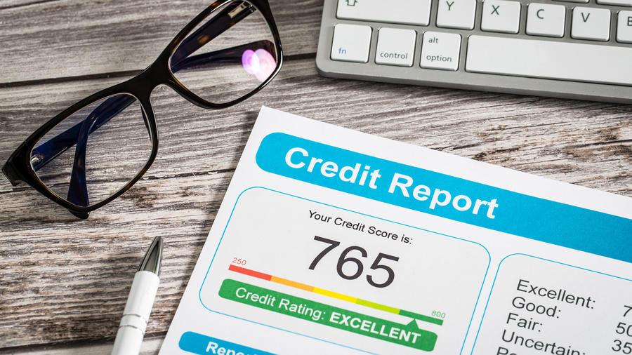 Descubre el credit score promedio en EEUU, según tu edad