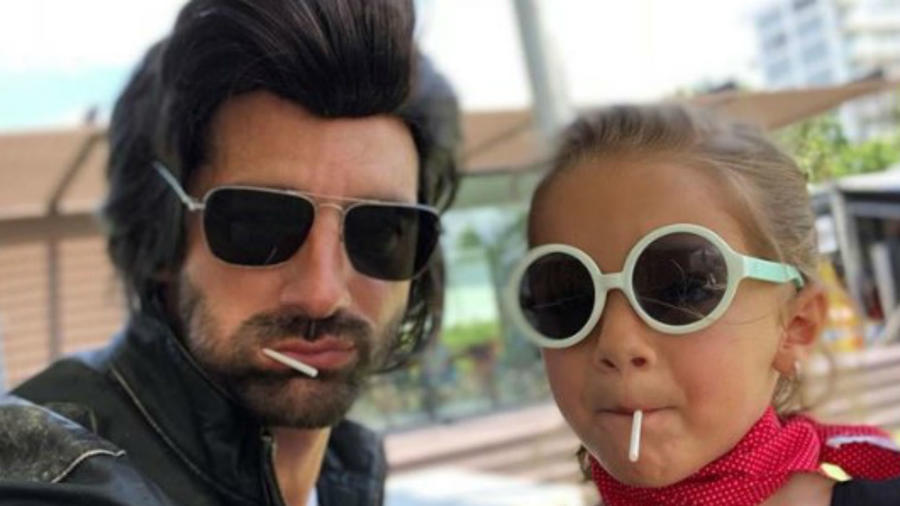Alaïa con su papá