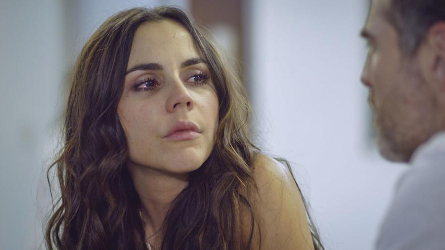 Carolina Gaitán en Sin Senos Sí Hay Paraíso 3