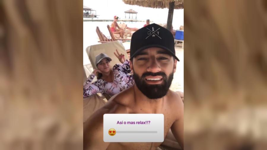 Toni Costa con Adamari López