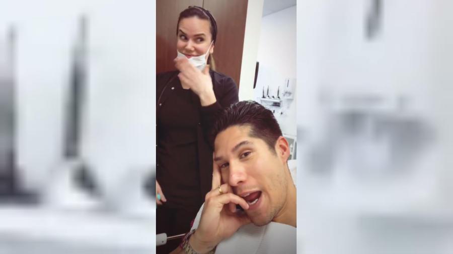Chyno Miranda en el dentista