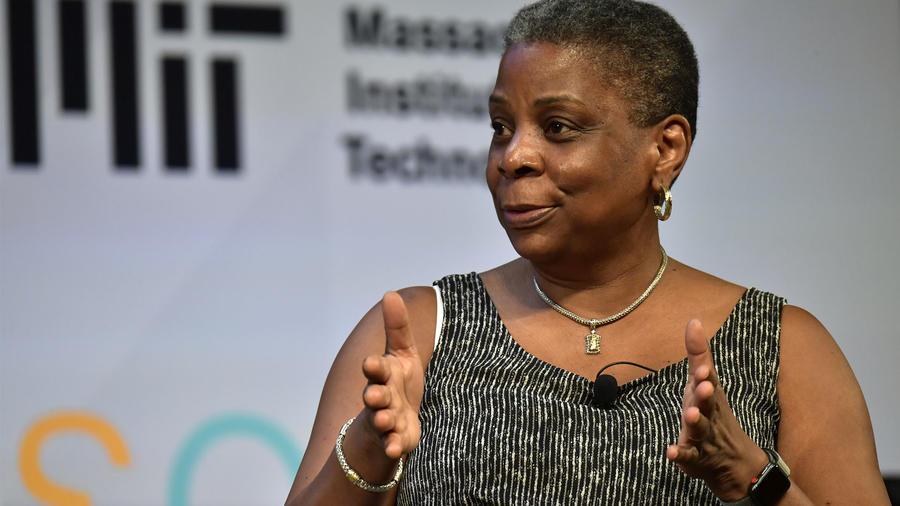5 mujeres que se destacan en tecnología