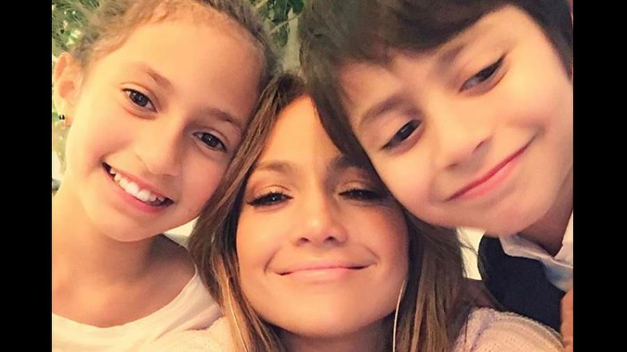 JLo, Emme y Max