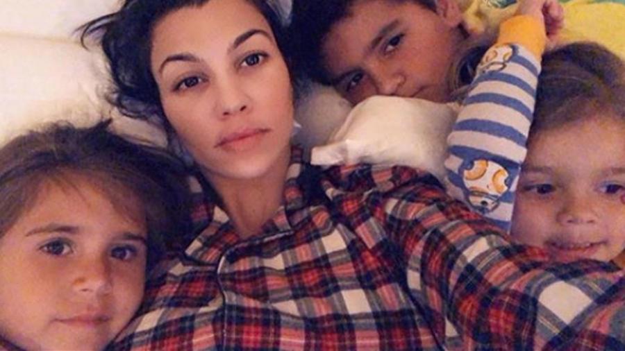 Kourtney Kardashian con sus hijos