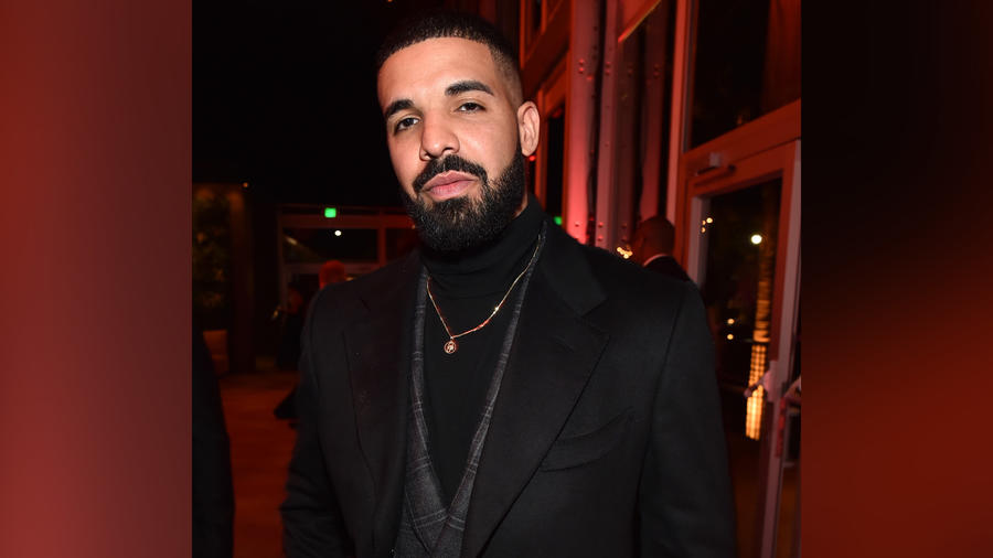 This Is What Drake Has to Say to the 'Kids'' Who Booed Him off Stage