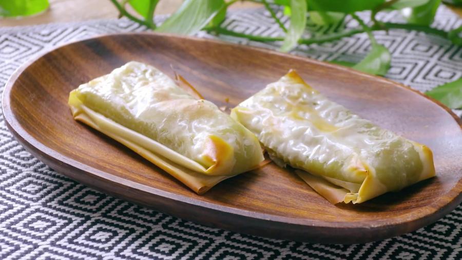 Pimientos verdes rellenos de queso