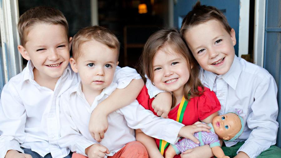 Grupo de niños pequeños