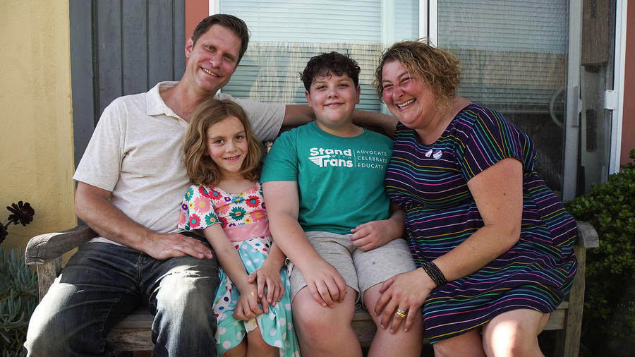 Padres con hijos transexuales