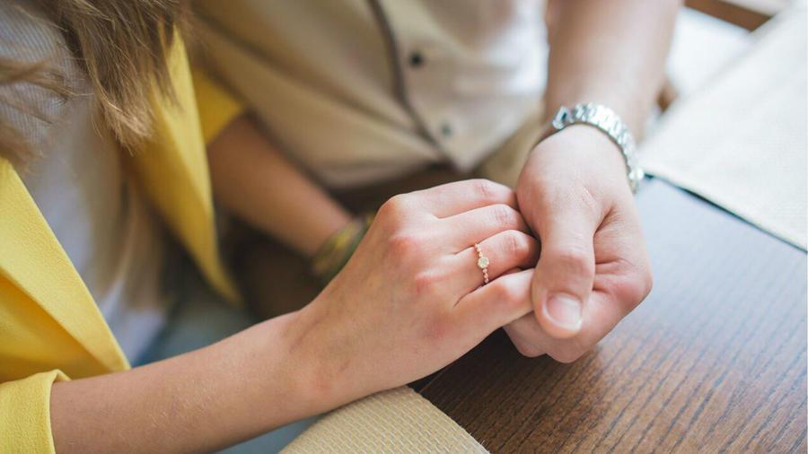 Pareja comprometida