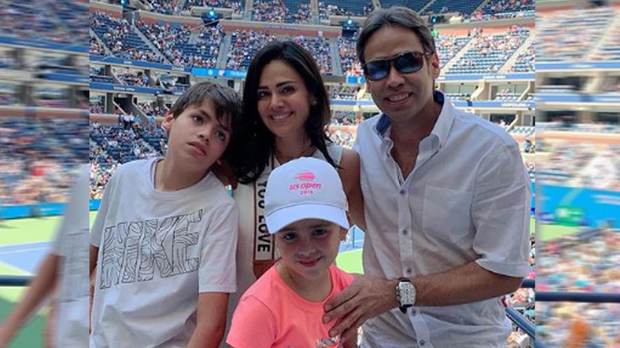 Luz Elena González y su familia