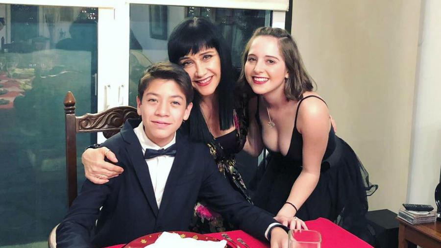 Susana Zabaleta y su hijo, Matías