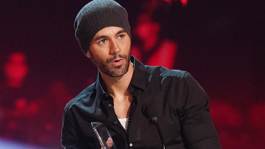 Enrique Iglesias recibe el premio 'Billboard Top Latin of all Time' en los Premios Billboard 2020