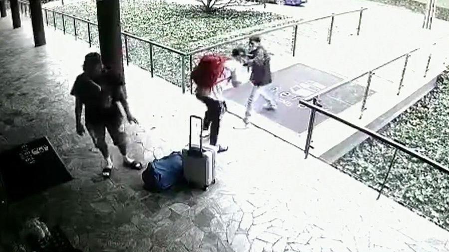 Asaltan a dos turistas boricuas en un hotel en Colombia