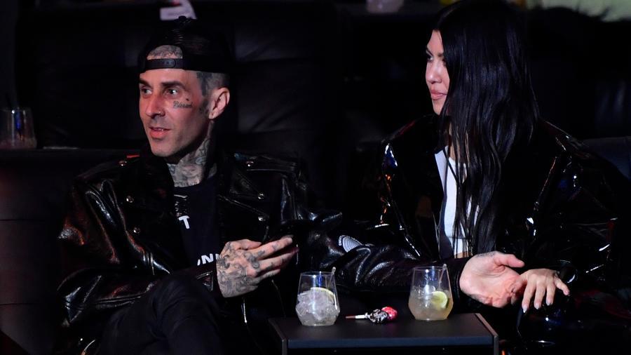 Travis Barker y Kourtney Kardashian en Las Vegas