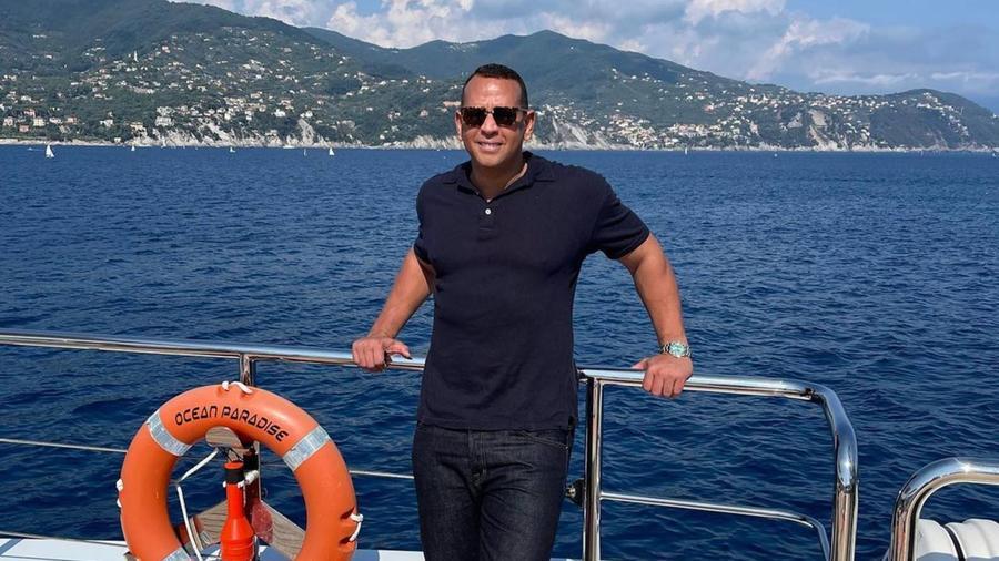 Alex Rodriguez en yate, de viaje por Europa