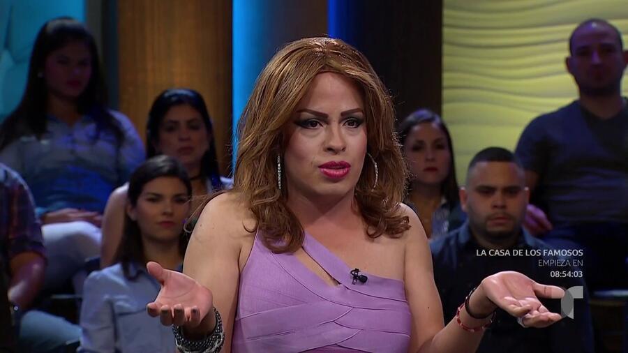 Patricia es una ardiente actriz porno transexual