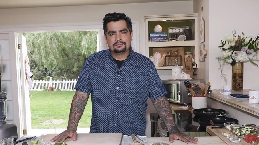 Aarón Sánchez expresa su experiencia cocinando para Obama