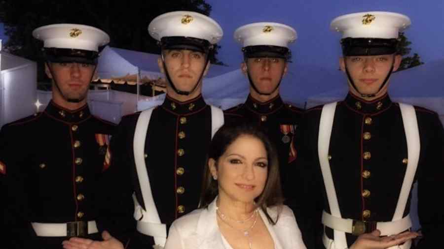 Gloria Estefan celebrando Memorial Day