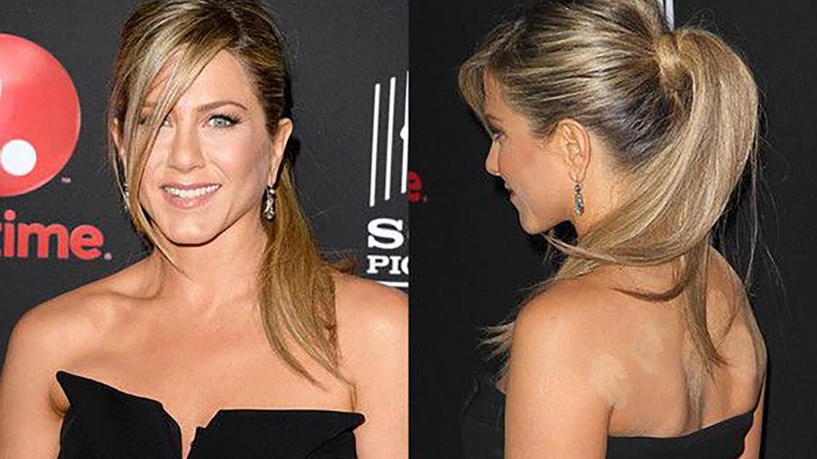 Jennifer Aniston de frente y espalda con marcas de cupping