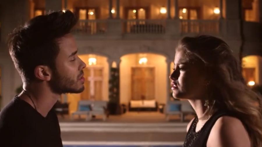 """Prince Royce y Sofía Reyes en el video """"Solo yo"""""""
