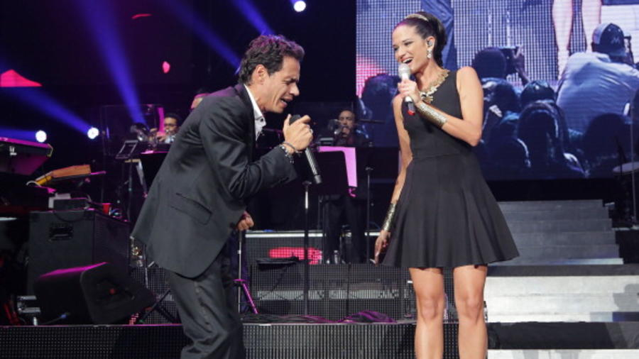 "Marc Anthony ""Vivir Mi Vida"" Tour At American Airlines Arena"