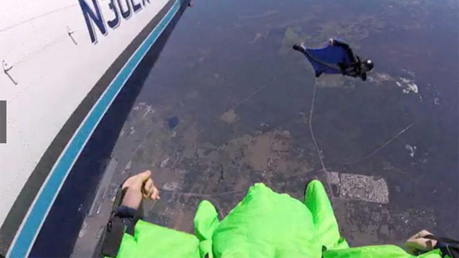 paracaidista mexicano