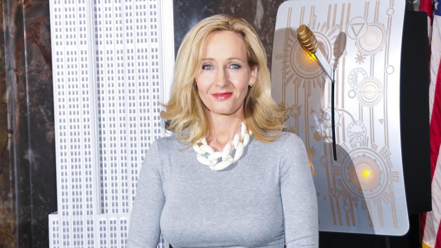 J.K. Rowling se disculpa por la muerte del personaje Remus Lupin