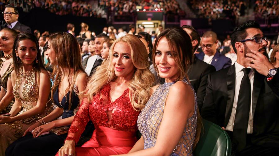 Shanon de Lima y Christian Solís en los Premios Billboard 2016