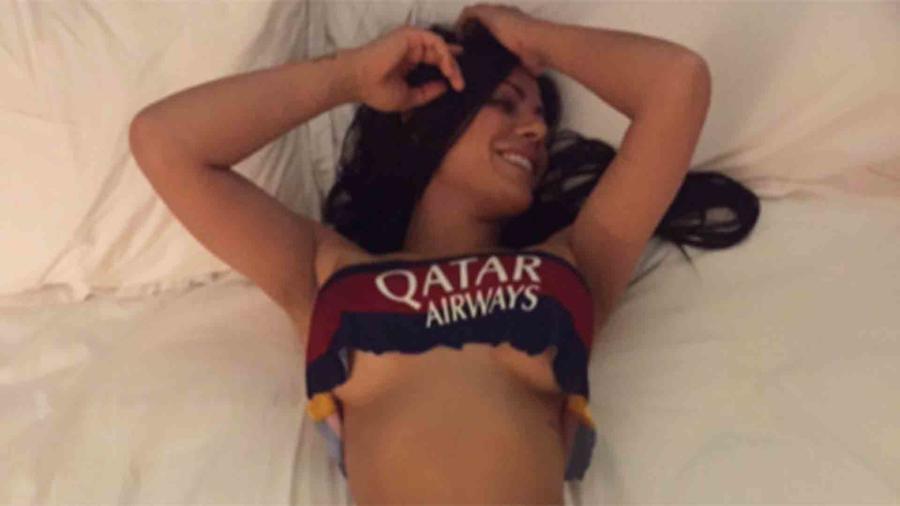 Suzy Cortez con la camiseta de Barcelona de Gerard Piqué