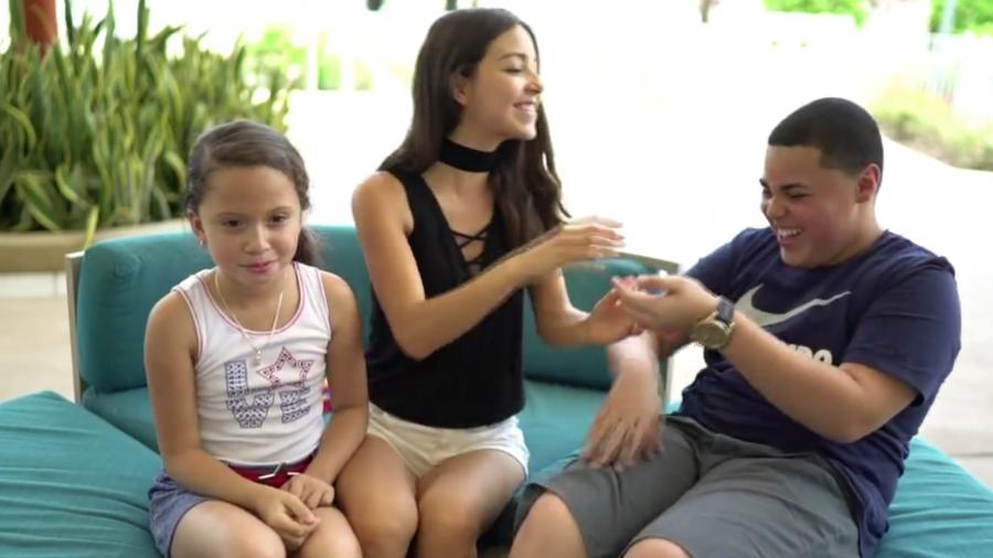 Caeli con Carmen y Axel La Voz Kids 2016
