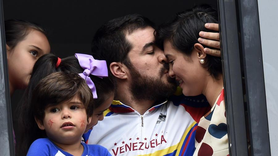 VENEZUELA-OOpositor venezolano preso Daniel Ceballos no iba a fugarse, asegura su esposaPPOSITION-CEBALLOS