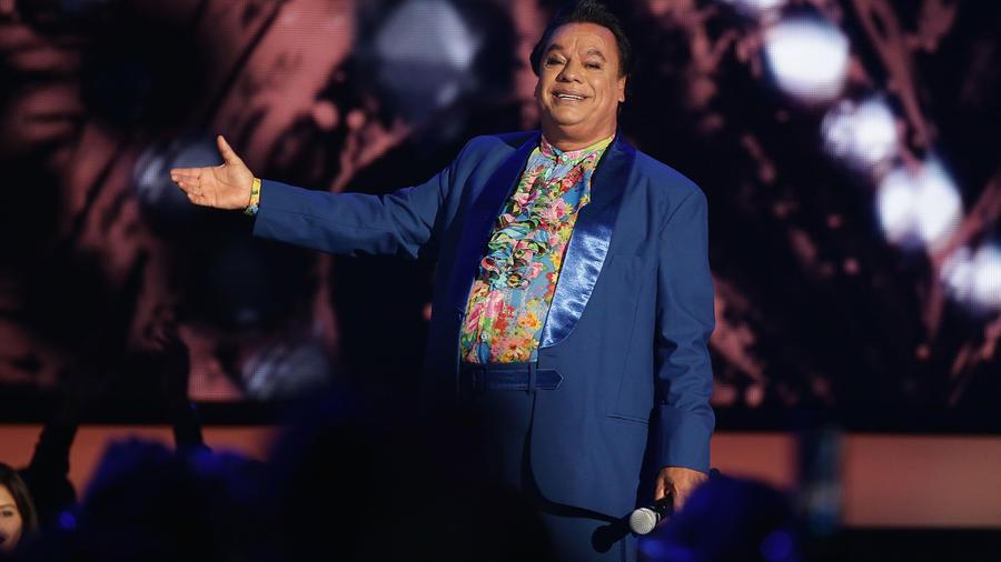 Juan Gabriel en los Premios Billboard de la Musica Latina del 2016