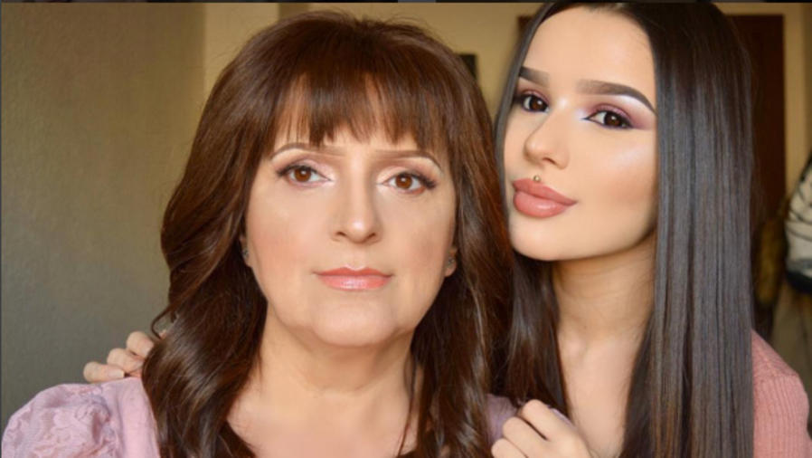 Beauty Blogger Iodana Nadina y su madre