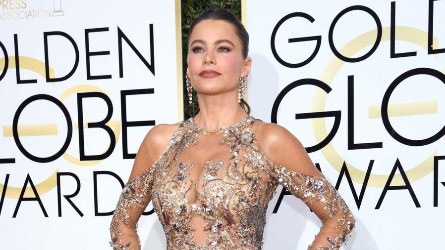 Sofía Vergara en la alfombra de los Golden Globes 2017