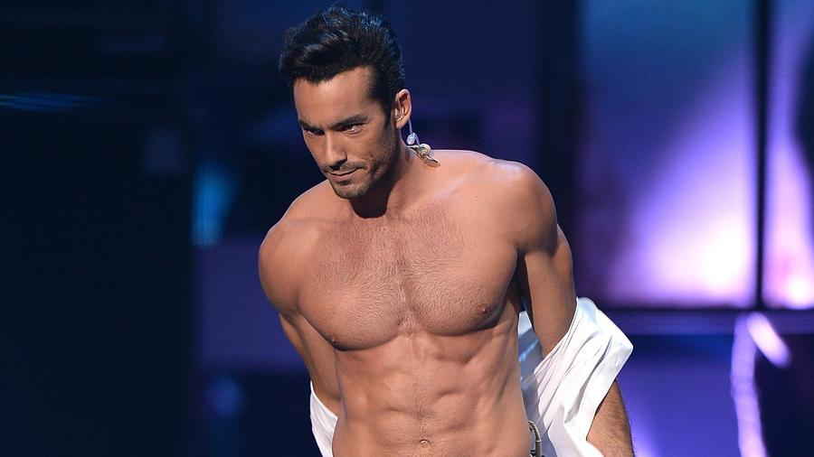 Aarón Díaz en Premios Tu Mundo Awards 2014