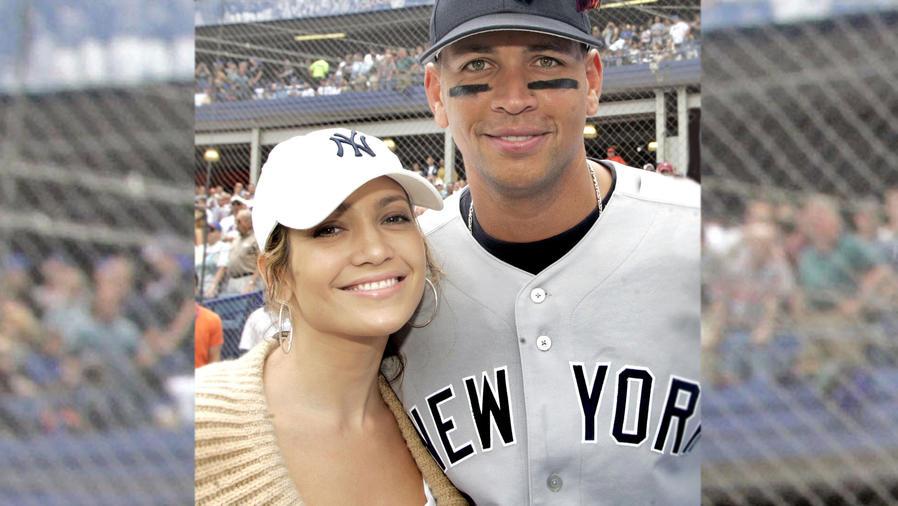Jennifer Lopez y Alex Rodríguez en partido de los Yankees vs. Mets en 2005