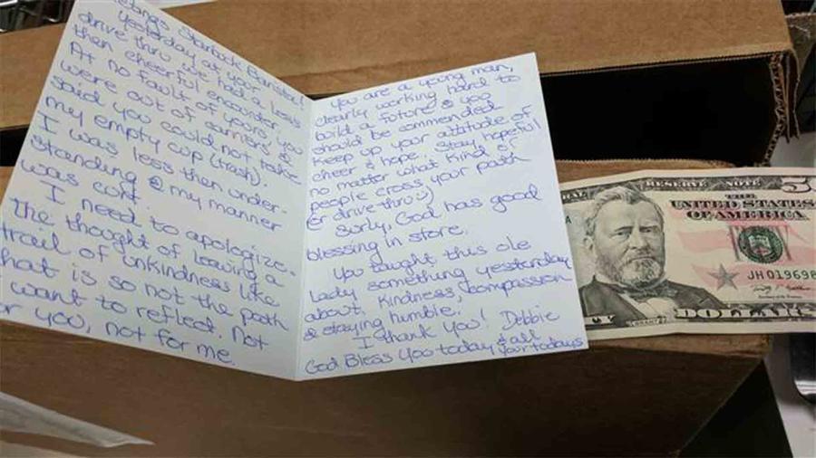 Carta de disculpas y billete de $50