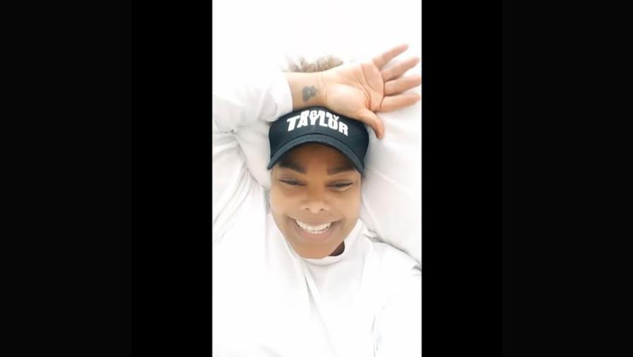 Janet Jackson habla de su vida a través de un video