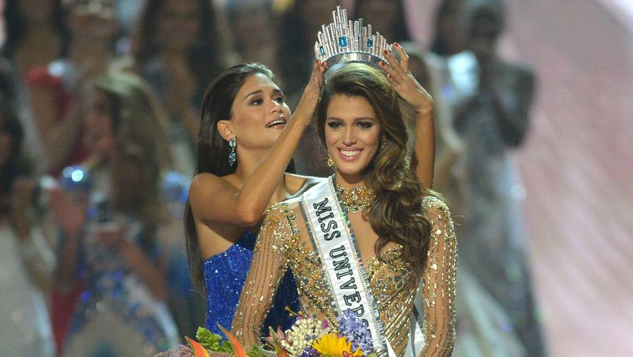Miss Universo 2016, Iris Mittenaere en su coronación