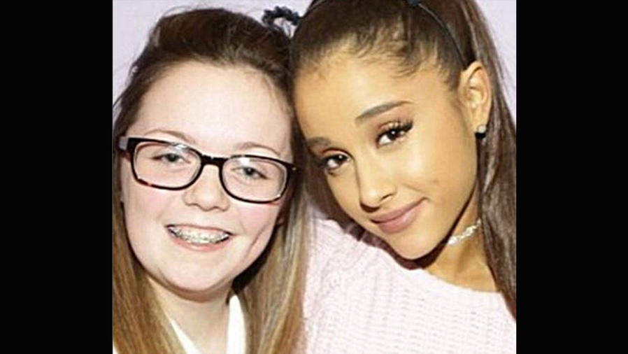 Ariana Grande y Georgina Callander