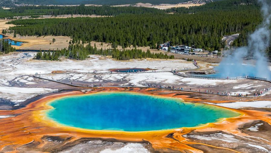 Géiser en el Parque Nacional Yellowstone