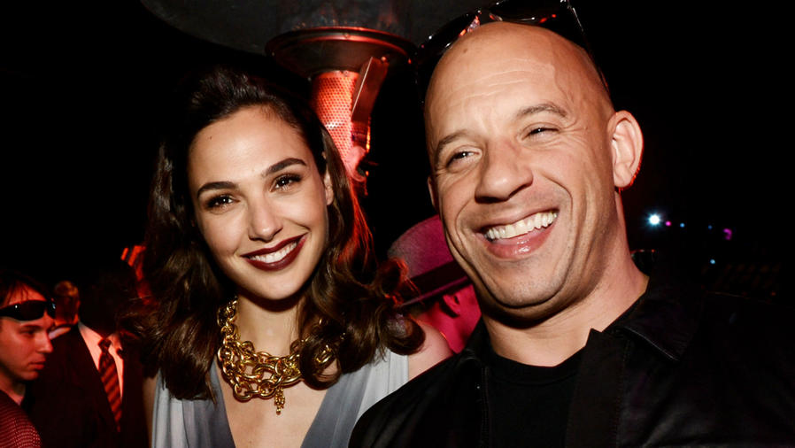 "Gal Gadot y Vin Diesel en la premiere de ""Fast and Furious 6"""