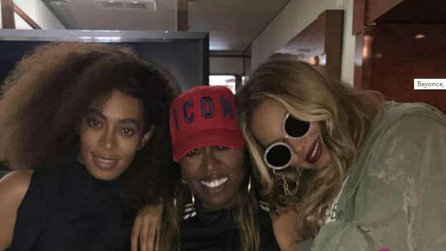Beyoncé con Missy Elliot y su hermana Solange